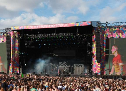 V Festival First For Serious Stages