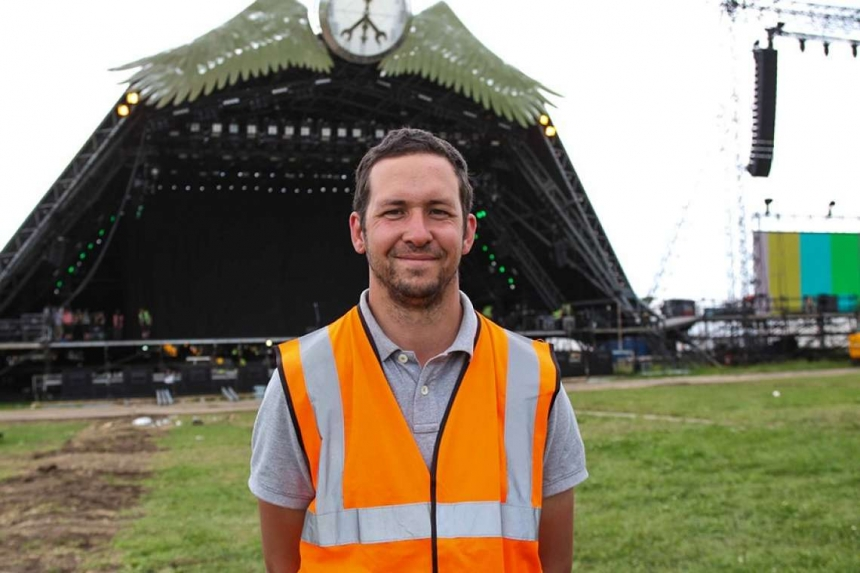 Behind the scenes video at Glastonbury with Serious Stages